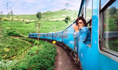 Kvinna reser med tåg
